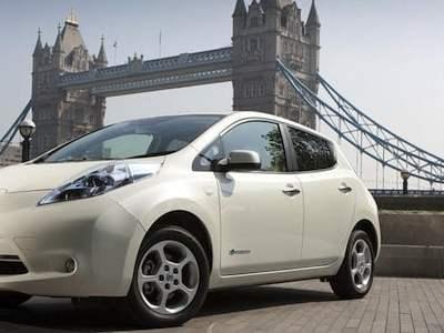 Nissan-LEAF-in-London