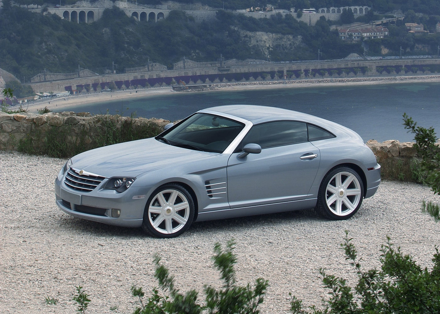 Chrysler Crossfire - 10 cool cars for under £10,000 (The Car Expert)