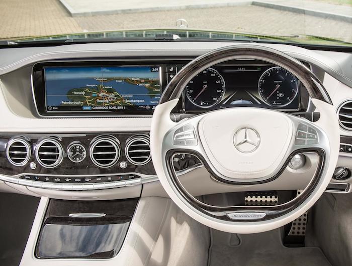 Mercedes-Benz S-Class COMAND satnav