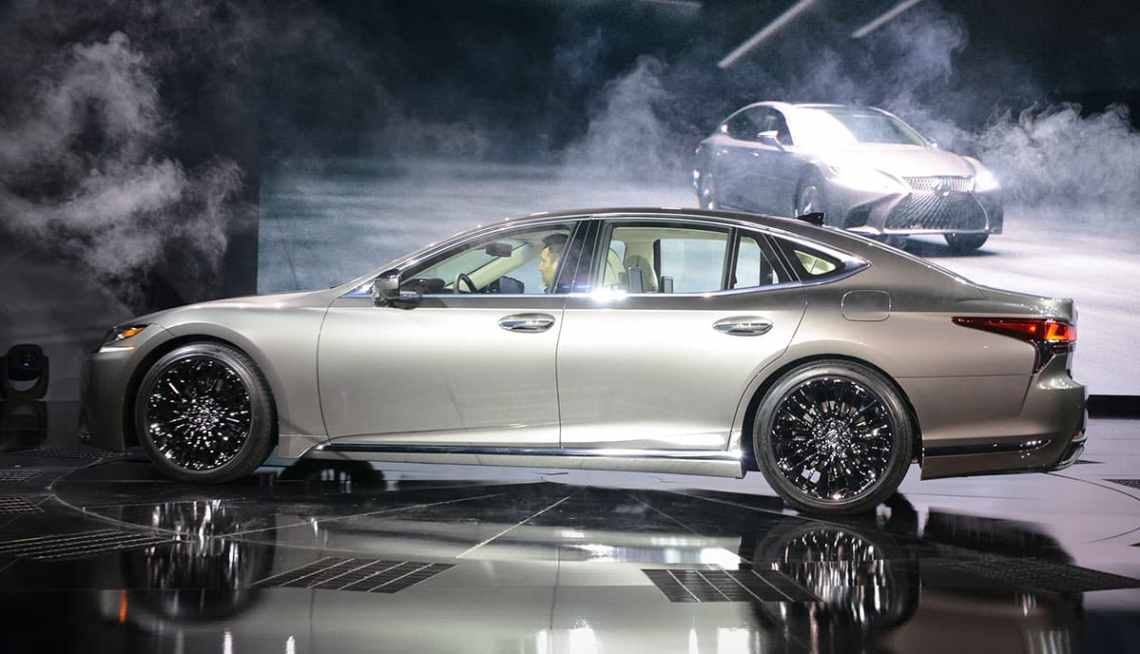 Lexus LS 03
