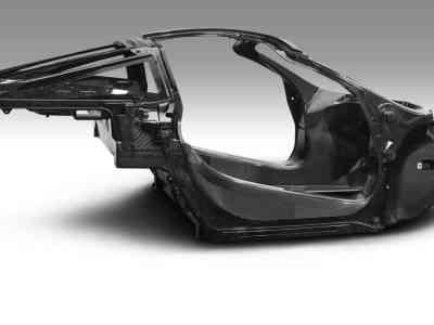 1701-McLaren-Monocage-II-shell