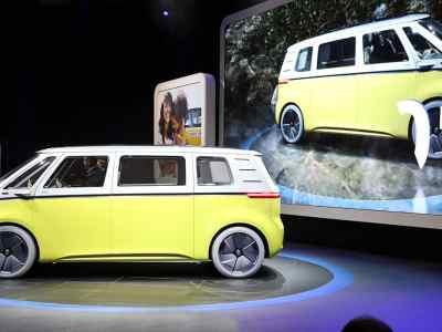 1701-Volkswagen-I-D-Buzz-01