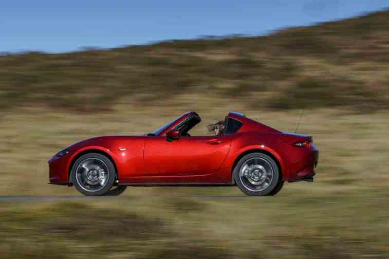Mazda MX-5 RF on road 01