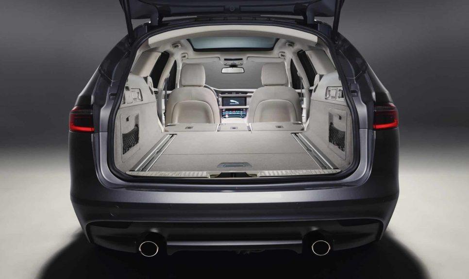 Jaguar XF Sportbrake load space