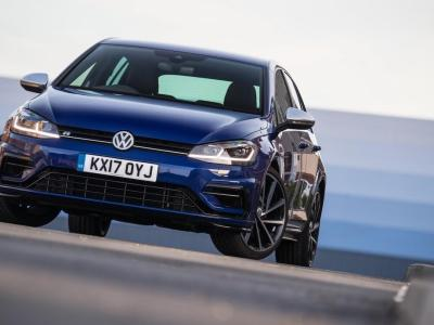 Volkswagen-Golf-R-2017