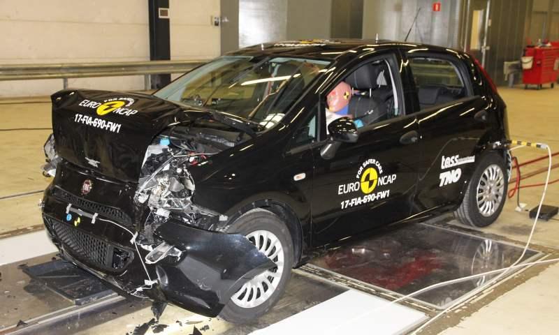 FIAT Punto crash test The Car Expert