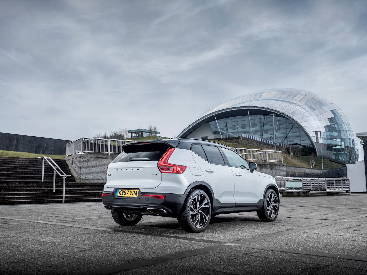 Volvo XC40 (2018) rear view   The Car Expert
