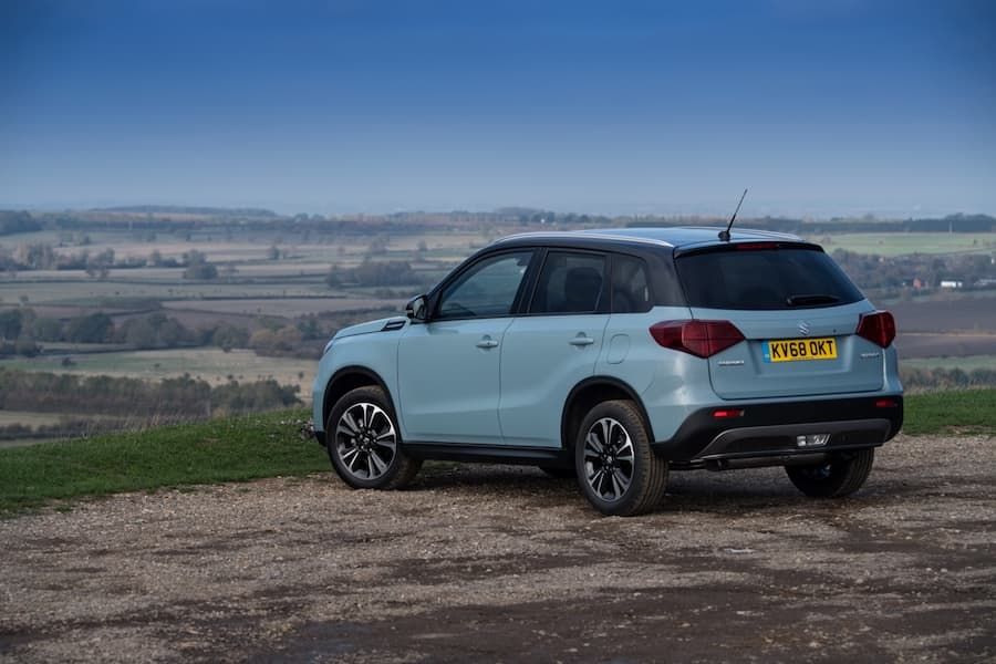 Suzuki Vitara (2019) rear view | The Car Expert