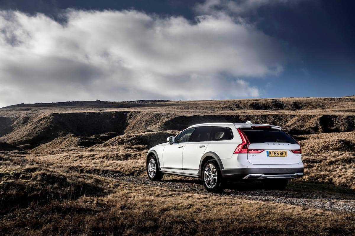 Volvo V90 Cross Country – rear