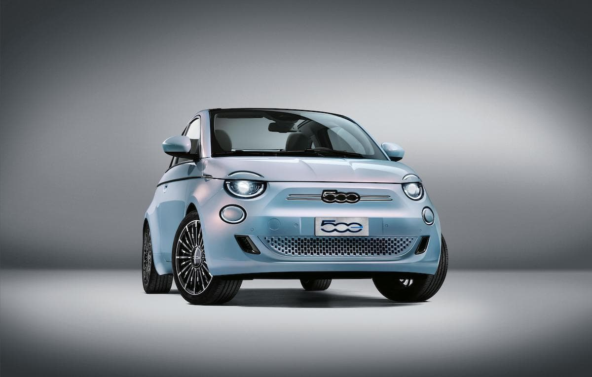 2021 Fiat 500 - front