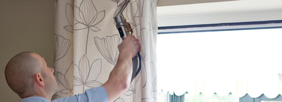professional in situ curtain cleaning