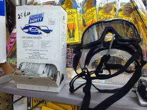 safety splash goggles