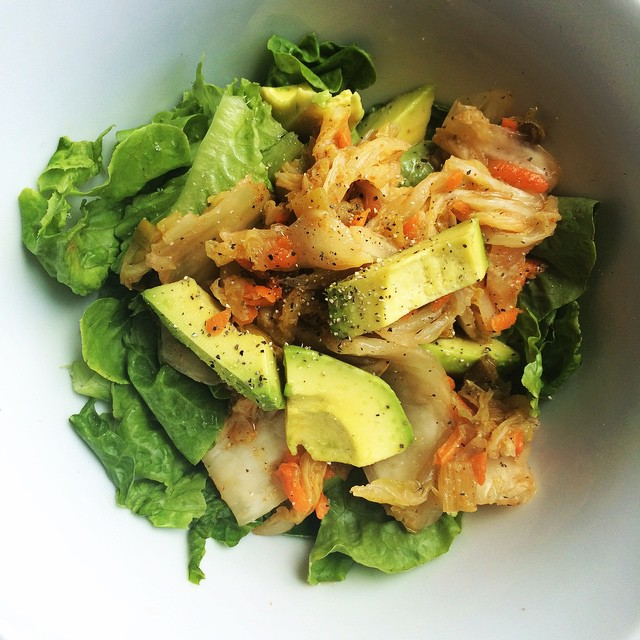 Quick meal idea: lettuce, avocado, kimchi. Boom! Lunch salad! @farmhousekraut kimchi is made with date sugar ya'll!  #3minutemeal #3ingredients