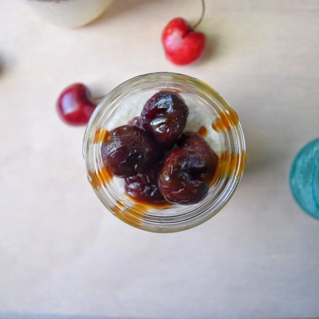 pannacotta cherries