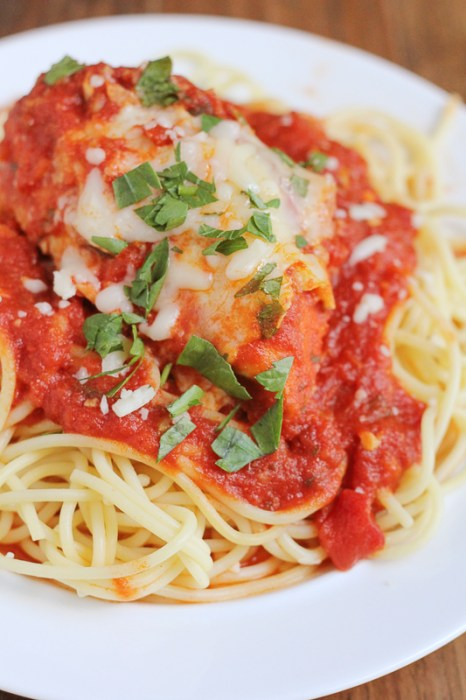 slow-cooker-chicken-parm