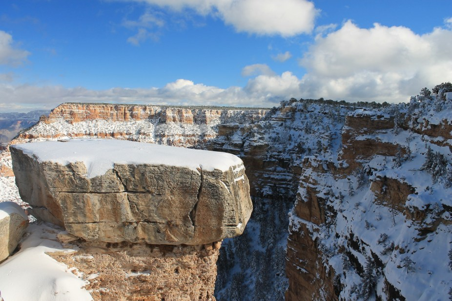 With cooler weather comes the opportunity to be outside!  Here are over 11 places you will want to visit in Arizona this winter!