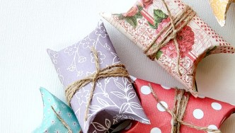 Pretty Paper Roll Pillow Boxes