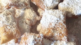 How to make Cafe Du Monde's beignets at home