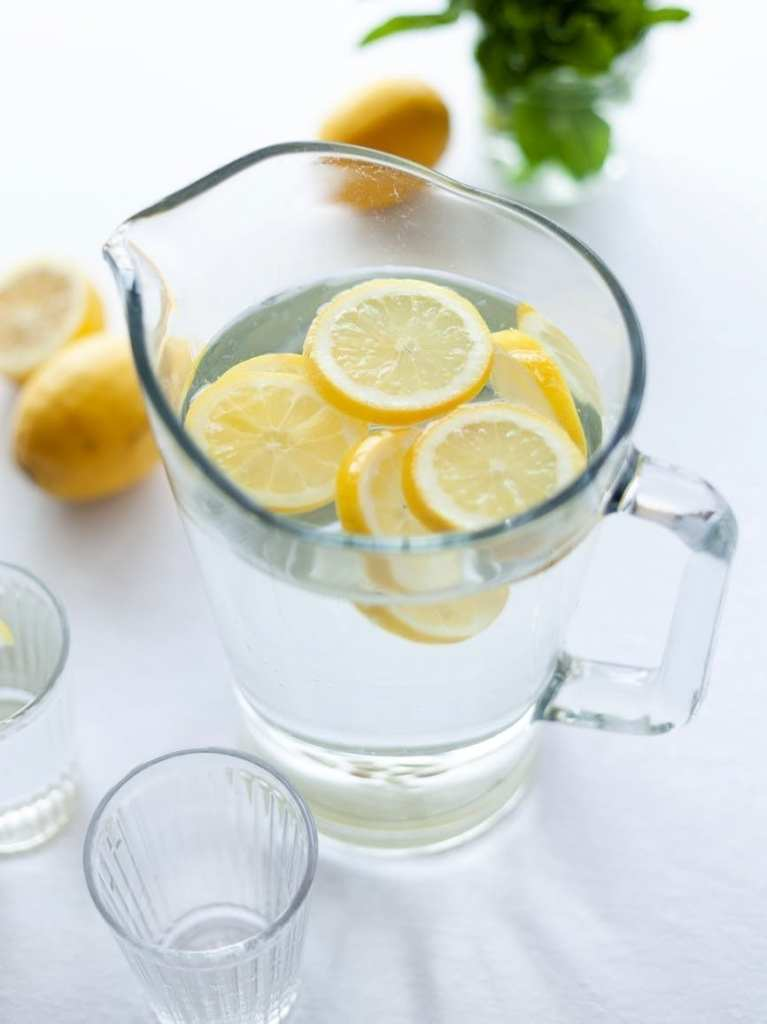 Lemon Juice For Tanned Hands