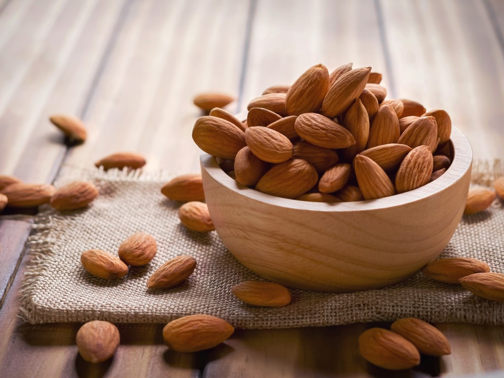 Calcium Rich Food - Almonds