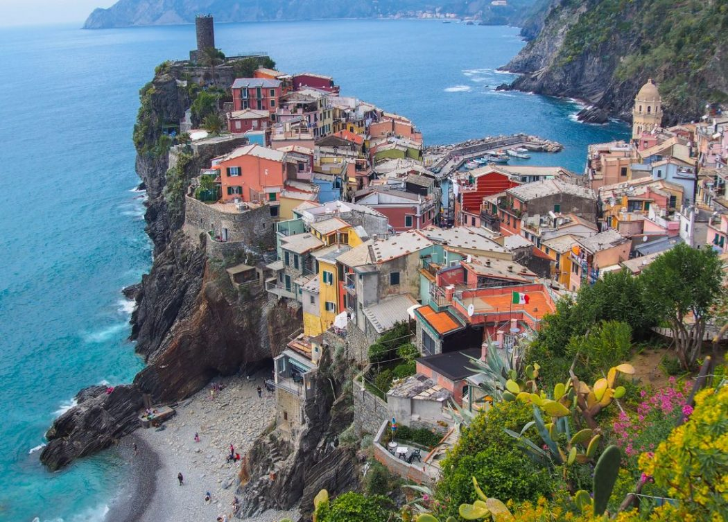 12 top tips for hiking in cinque terre the chaotic scot