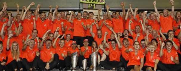 McLaren celebrate their result in Abu Dhabi - Photo Credit: Vodafone McLaren Mercedes