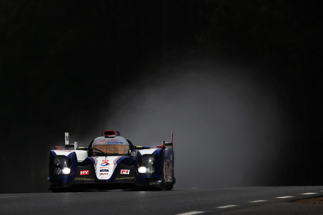 Alex Wurz was fastest for Toyota in a session shackled by the weather (Credit: Toyota Racing)