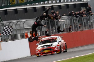 Jackson went back to front for 2012 victory (Photo: btcc.net)
