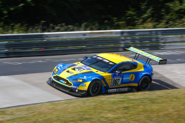 The Aston Martin Racing team fought back from early issues (Credit: ADAC Zurich Nurburgring 24 Hours)