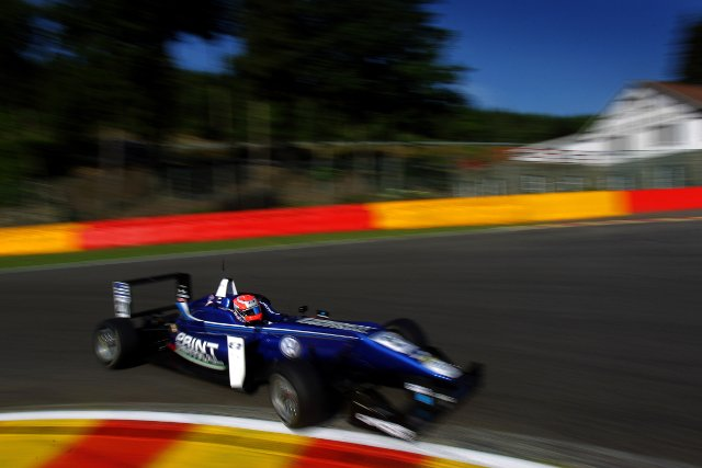 Stealing clear at both the original and re- start Jones led the entire race (Credit: British F3 International Series Media)