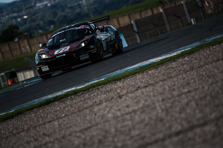 Though their session ended with a gearbox issue ISSY Racing took GT4 pole (Credit: The Image Team/Nick Smith)