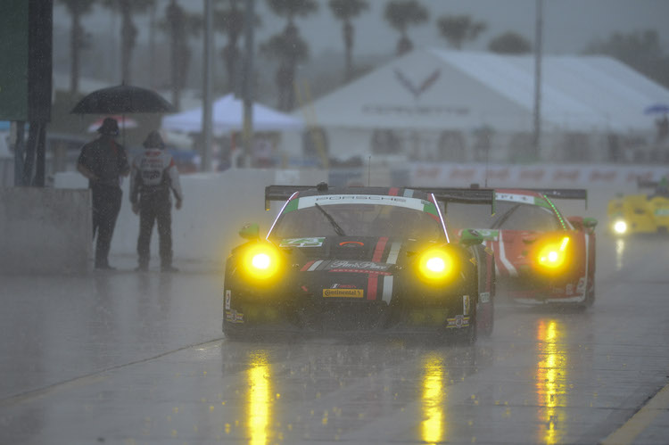 The Park Place Porsche would survive the rain but not the eighth hour (Credit: IMSA)