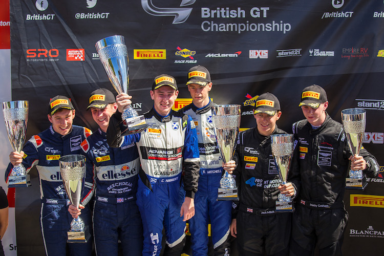 Ciaran Haggerty and Sandy Mitchell took their first victory in the McLaren in GT4 (Credit: Craig Robertson/Racephotography.net)