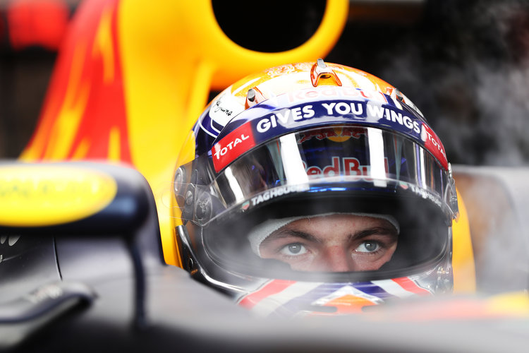 Verstappen looking forward to night race challenge