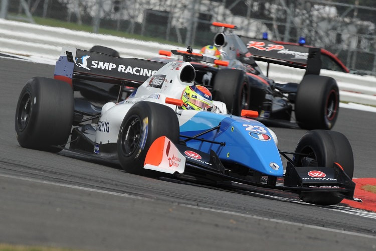 Matthieu Vaxiviere was often compromised by tyre issues - Credit: Formula V8 3.5
