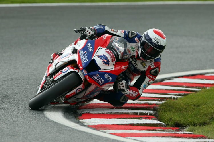 Dixon Secures Oulton Park Double
