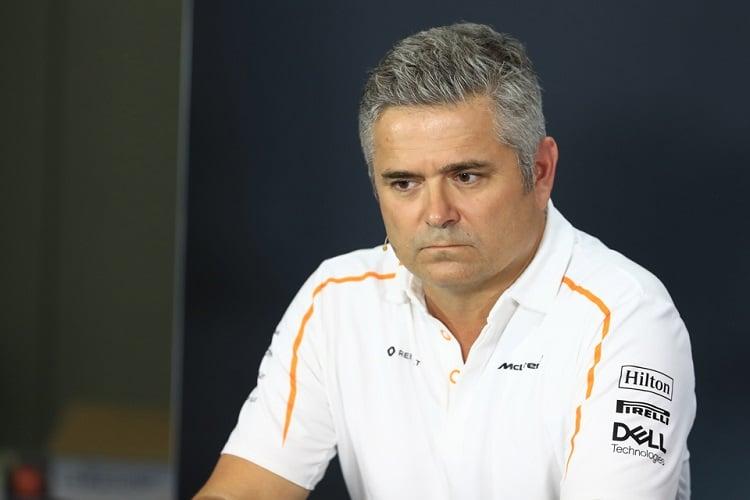 Gil de Ferran - McLaren F1 Team - Marina Bay Street Circuit