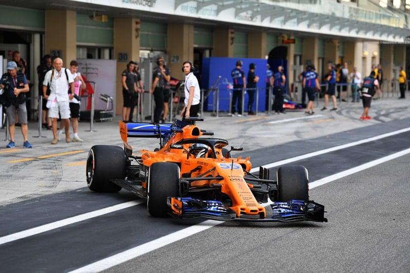 Carlos Sainz Jr. - Formula 1 - 2018 Abu Dhabi Test