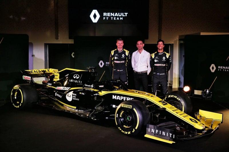 Nico Hülkenberg, Cyril Abiteboul & Daniel Ricciardo - Formula 1 - Renault R.S.19 Launch