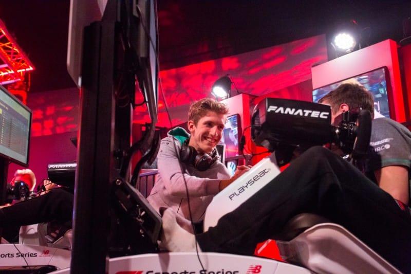 Daniel Bereznay - F1 Esports - Mercedes