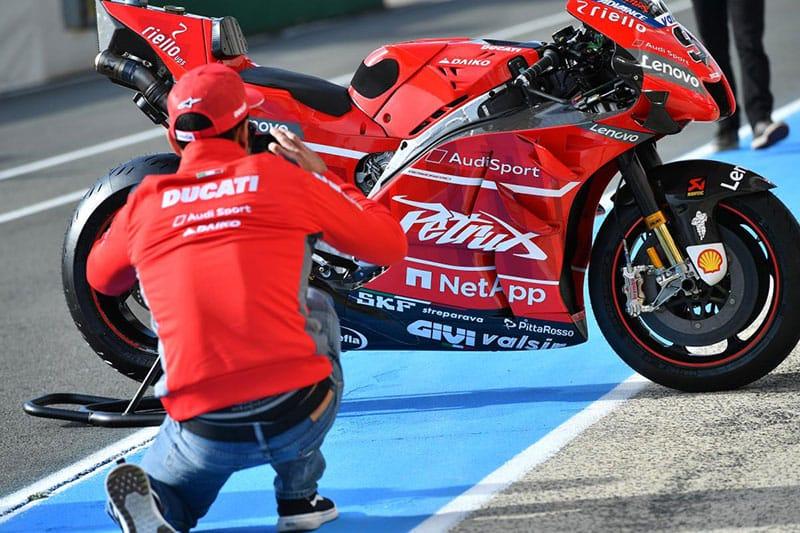 Danilo Petrucci with his personalised Ducati GP19.