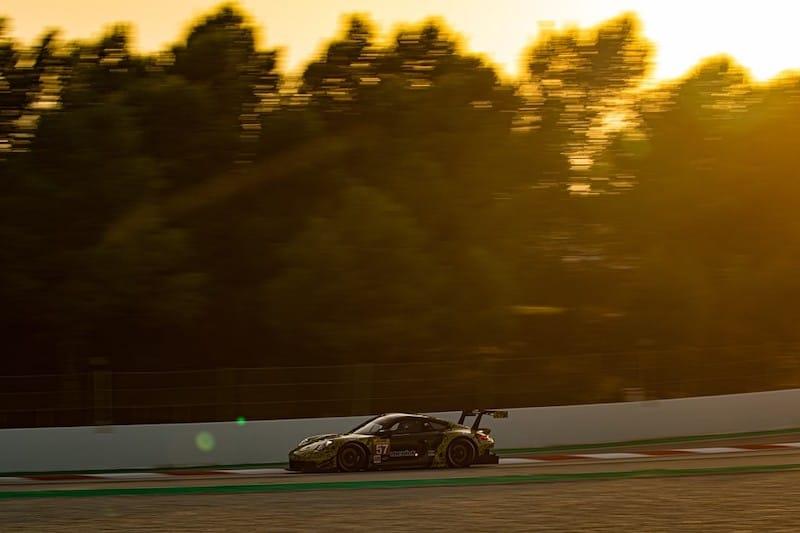 Team Project 1 at Sunset, Circuit de Barcelona-Catalunya