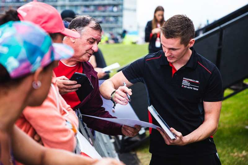 Josh Webster - Porsche Mobil 1 Supercup - Silverstone