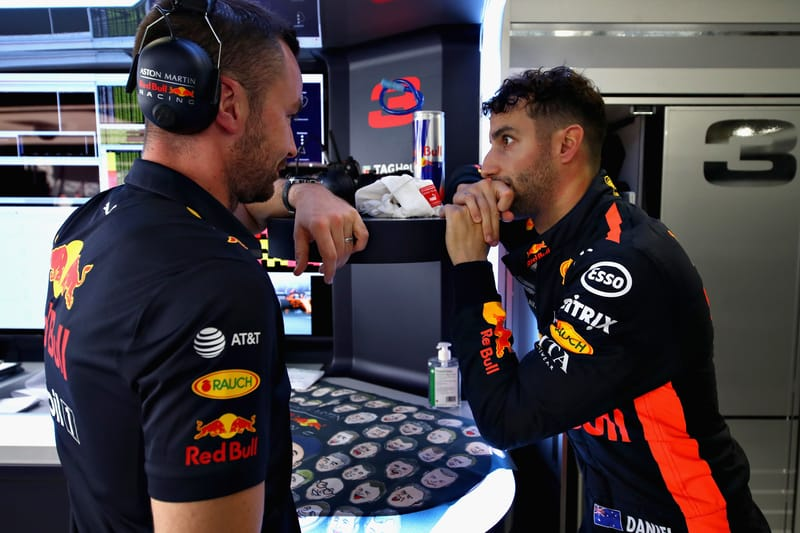 Daniel Ricciardo & Simon Rennie - Aston Martin Red Bull Racing at the 2018 Formula 1 Japanese Grand Prix - Suzuka - Practice 1
