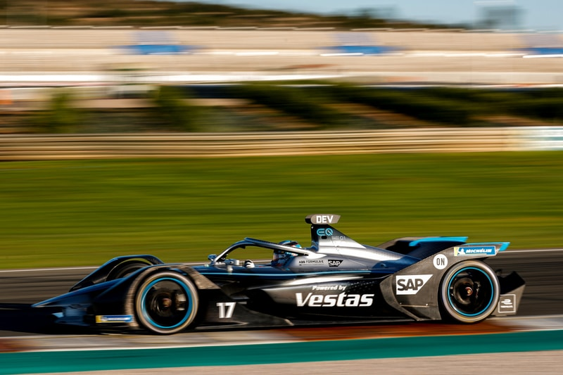 Mercedes-Benz testing