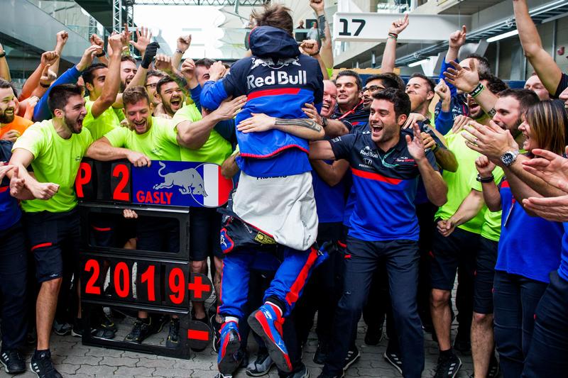 Pierre Gasly - Red Bull Toro Rosso Honda in the 2019 Formula 1 Brazilian Grand Prix - Autódromo José Carlos Pace - Paddock