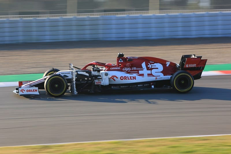 "Kimi Räikkönen: ""The immediate feeling is pretty positive, but it's still early days"" - The Checkered Flag"