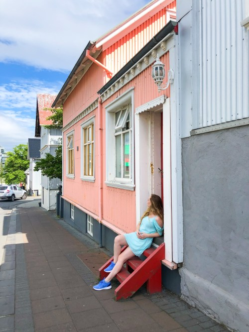 what to do in reykjacvik iceland colorful houses