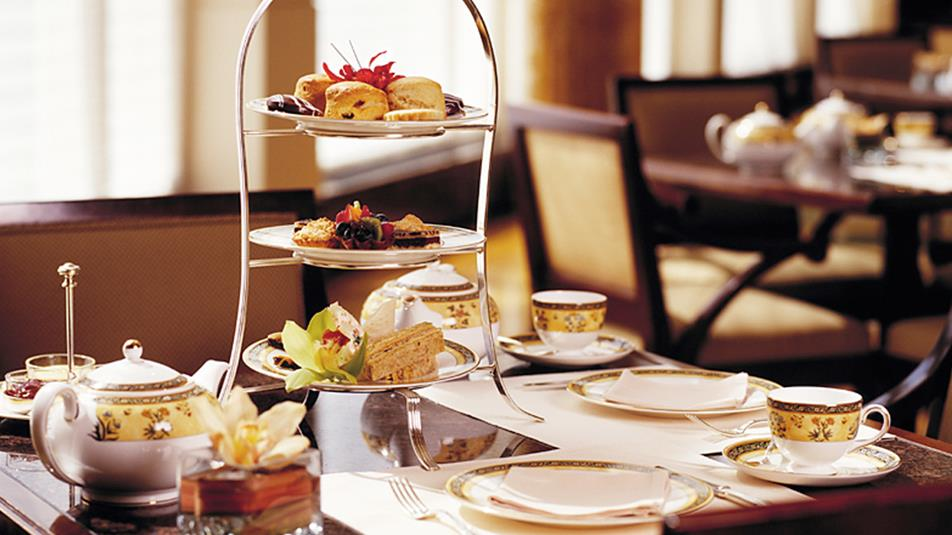 The-Lobby-Restaurant-Afternoon-Tea-Stand-1