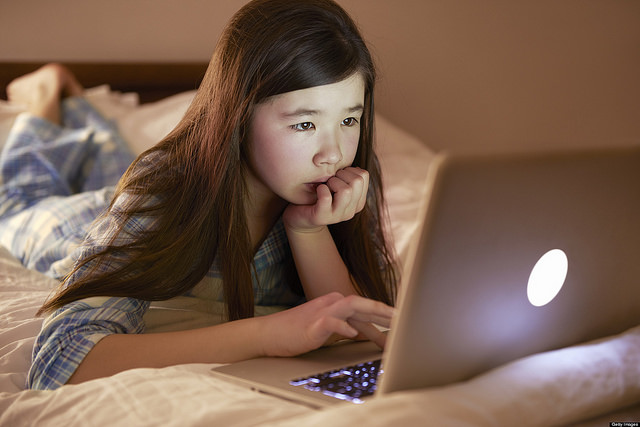 Cyberbullying: A Nightmare for Parents + 4 Ways to Spot It!